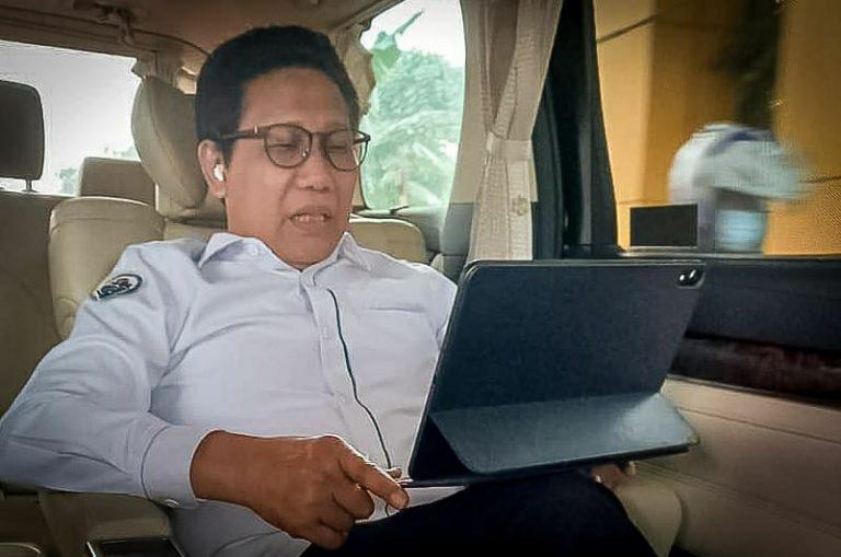 Lepas Mahasiswa KKN Tematik Unhas, Gus Menteri : Jangan Bangun Desa Keluar dari Akar Budayanya